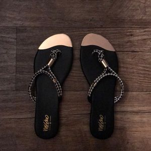 [MOSSIMO] sandals